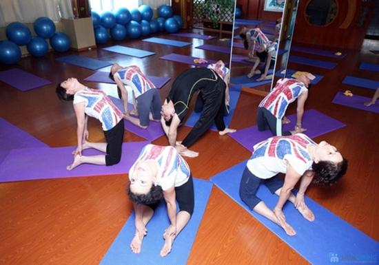 Tập Yoga với Master Avi và Master Amit - Giảng viên Ấn Độ tại Hương Anh Spa - 6