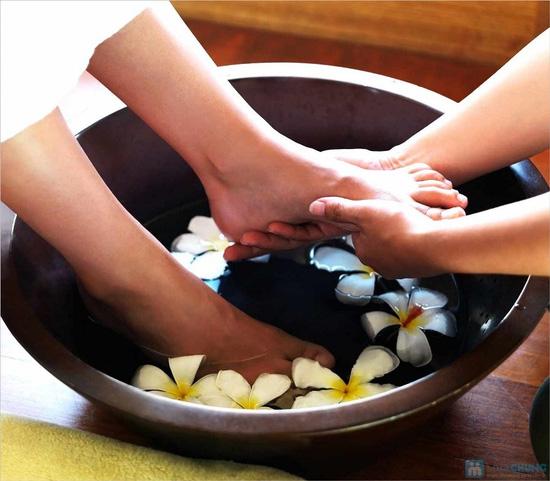 Khóa học chuyên đề dạy massage chân trị liệu tại Amor Spa - 1