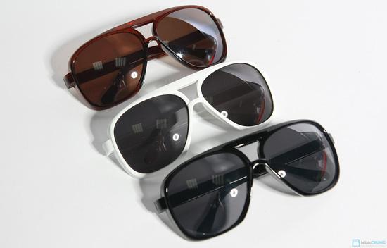 Mắt kính mát thời trang có túi - 4