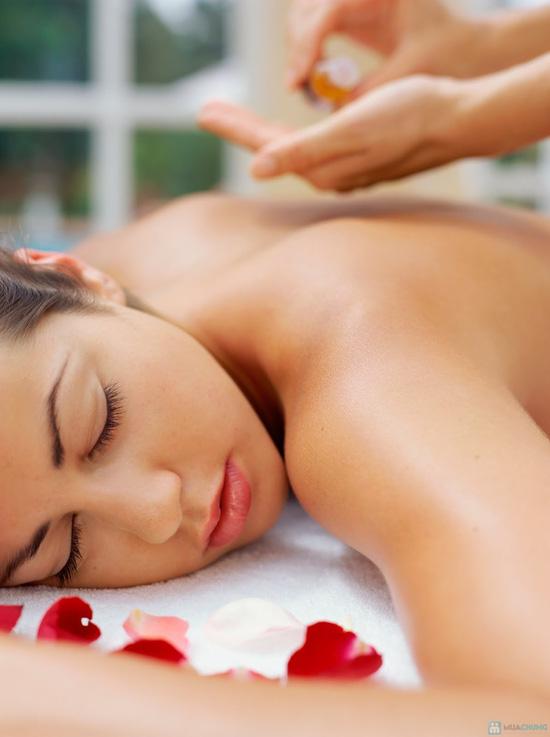 Chăm sóc da mặt bằng yến mạch kết hợp massage body tinh dầu - 1
