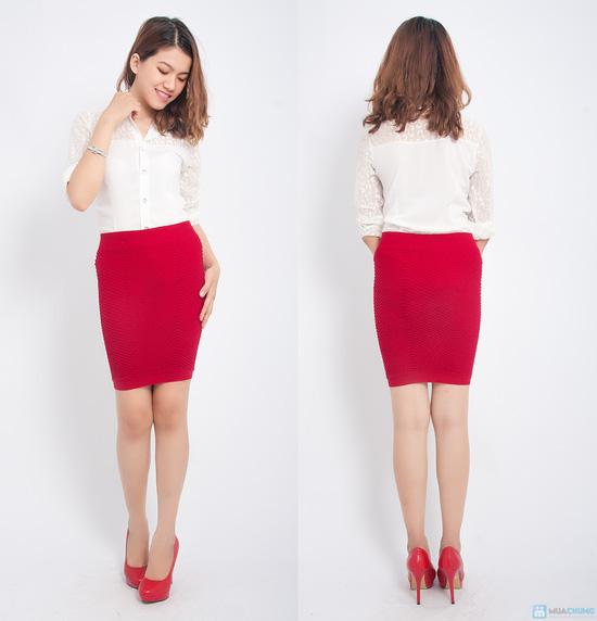 Trẻ trung và gợi cảm hơn với combo 02 chân váy ôm - 3