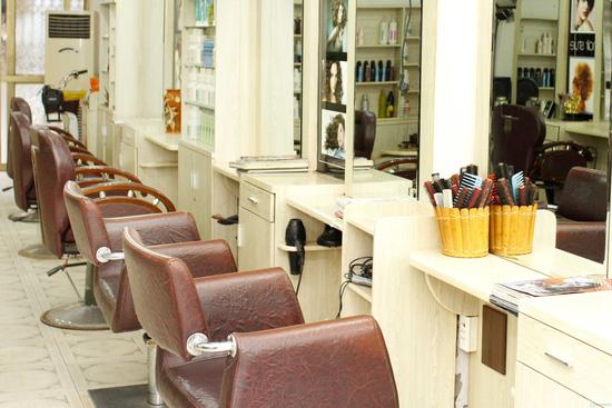 Làm tóc tại Minh Thanh Hair Salon Cây Kéo Vàng - 8