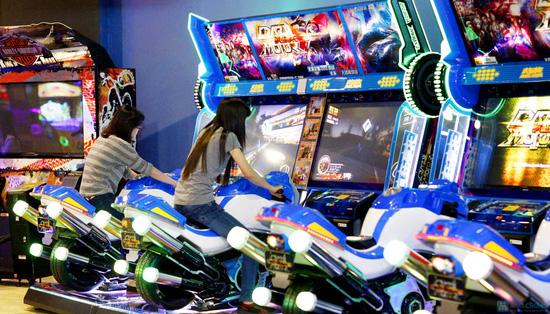 Vui chơi khu Games - Royal City - 9