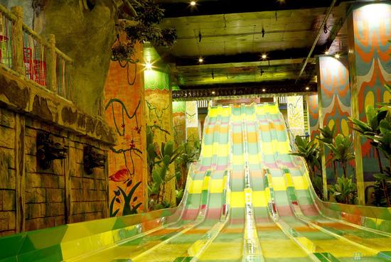 Vui chơi công viên nước - Royal city - 11