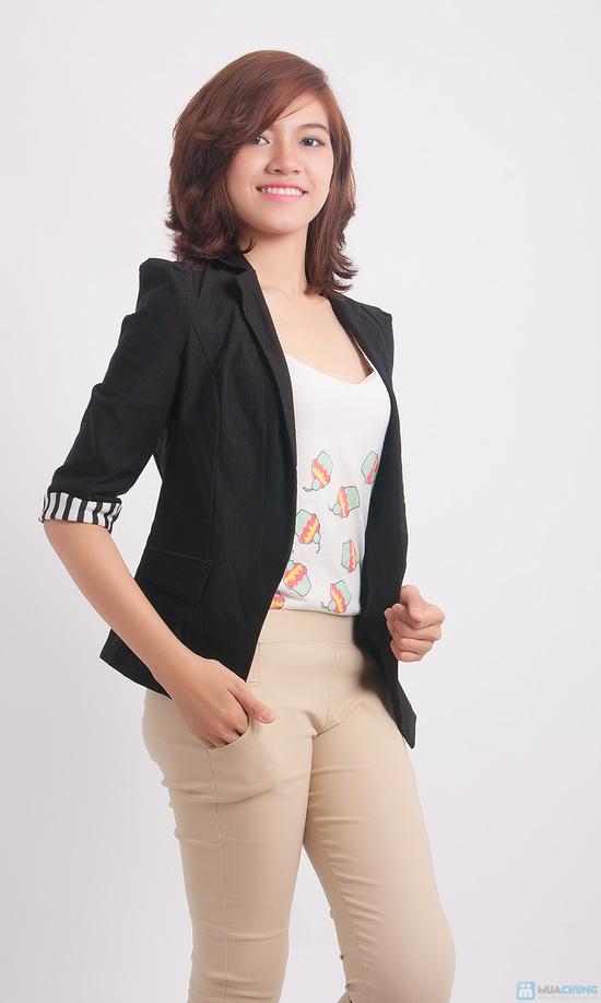 Áo khoác giả vest tay lật đen trắng - 1