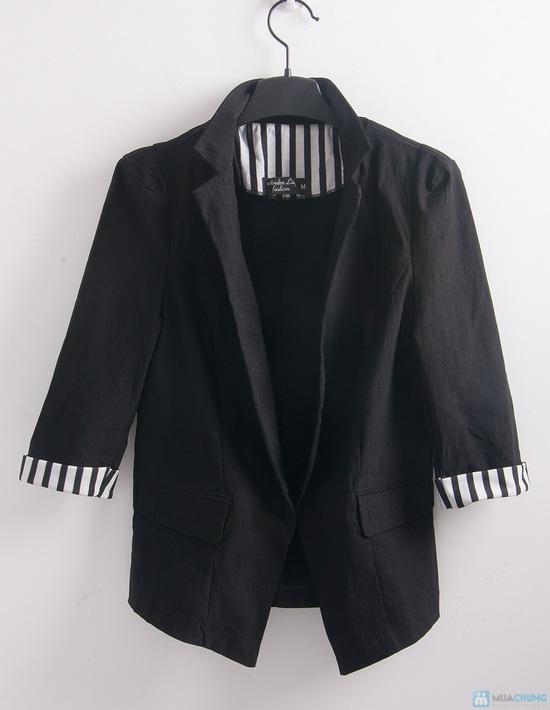 Áo khoác giả vest tay lật đen trắng - 6