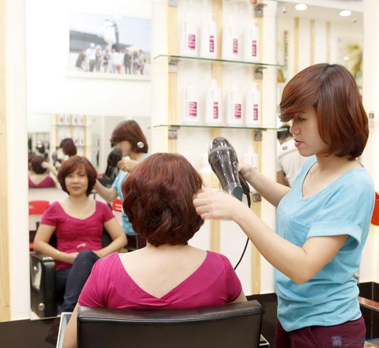 Áp dụng 1 trong 5 gói dịch vụ làm tóc trọn gói tại Hà Anh Salon - 7