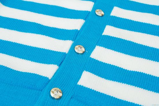 áo len cài cúc cho bé gái - 4