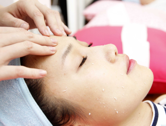 Massage đắp mặt nạ Make up for yourself - 3