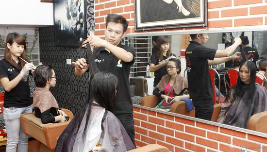 Làm tóc tại Salon Đẹp + - 5