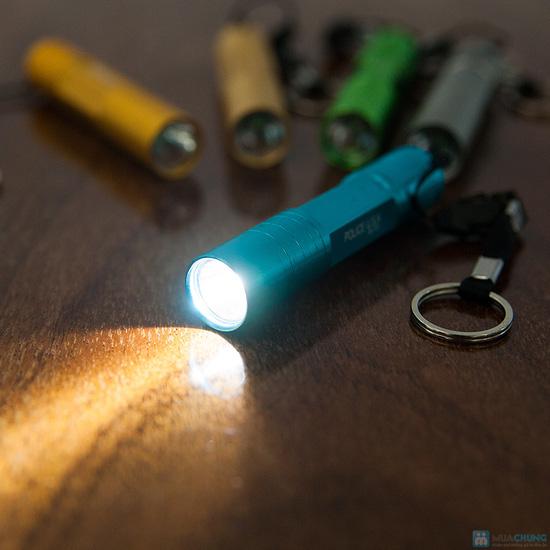 Đèn pin siêu sáng Police - 7