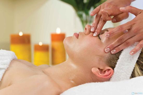 Massage mặt Serum Vitamin C và Collagen trắng hồng, mờ vết nhăn tại Spa Đẹp 360 độ - 3