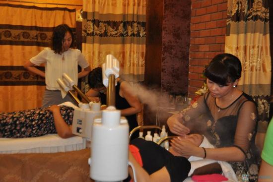 Massage trị liệu giảm béo tại Evi Spa - 6