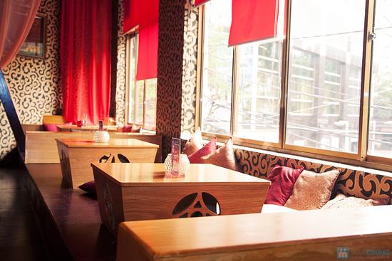 Cơm trưa + Buffet rau + trái cây tráng miệng + nước uống cho 02 người tại Nhà hàng Magic Lounge - 2