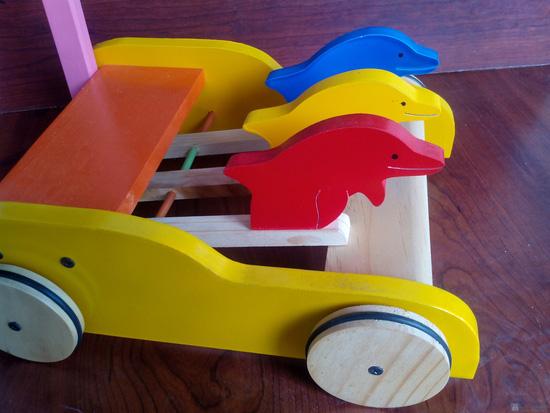 Xe gỗ tập đi cho trẻ em - 2