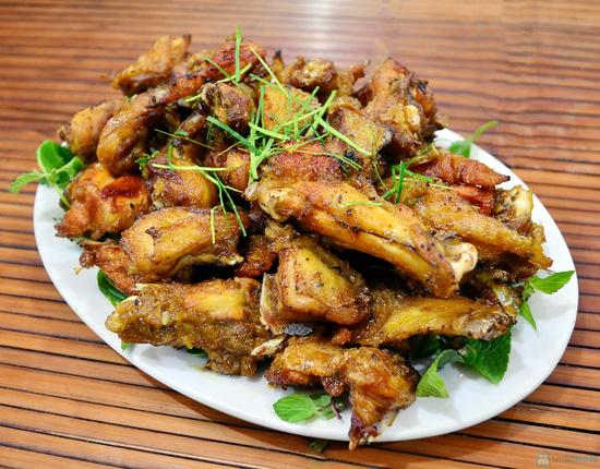 Lẩu gà đồi thơm ngon tại Nhà hàng Nhím No1 - Chỉ 360.000đ - 3
