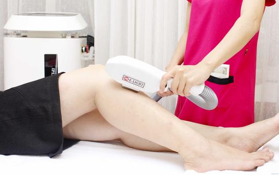 Massage đắp mặt nạ giảm mỡ bụng bằng sản phẩm tiêu mỡ của pháp kết hợp bấm huyệt giải độc, tiêu mỡ tại Thanh Tú Spa - 5