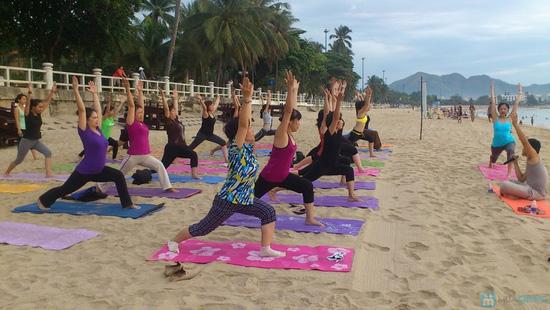 Khóa học Yoga 12 buổi tại CLB Dáng Xinh - 2