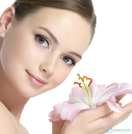 Massage và đắp mặt nạ Collagen vi cá hồng Nhật Bản tại KMA BEAUTY HOUSE - 6