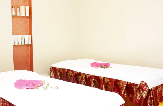 Massage đắp mặt nạ giảm mỡ bụng bằng sản phẩm tiêu mỡ của pháp kết hợp bấm huyệt giải độc, tiêu mỡ tại Thanh Tú Spa - 3