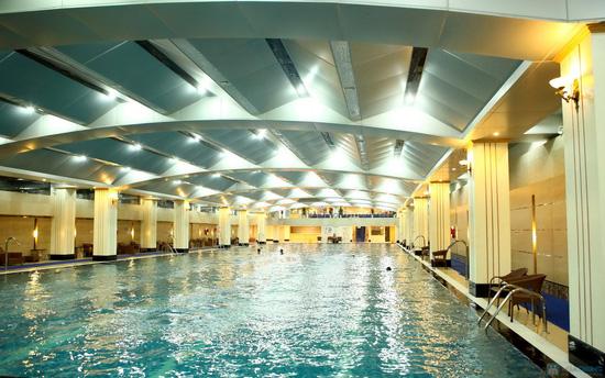 Vé bơi nước nóng không giới hạn + Đồ ăn tại Hapu Swimming Pool - 3
