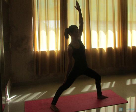 Khóa học Yoga 12 buổi tại CLB Dáng Xinh - 5