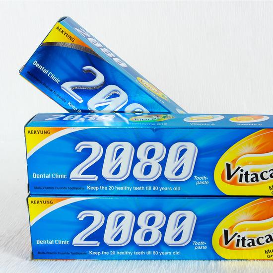 03 kem đánh răng Hàn Quốc 2080 Vitacare