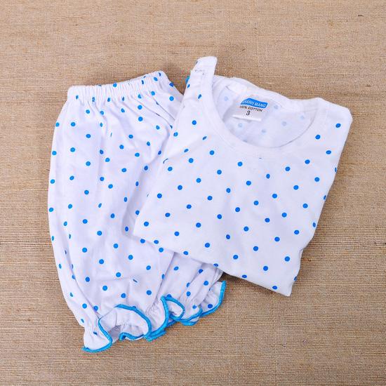 2 bộ đồ cho bé từ 1-3 tháng tuổi