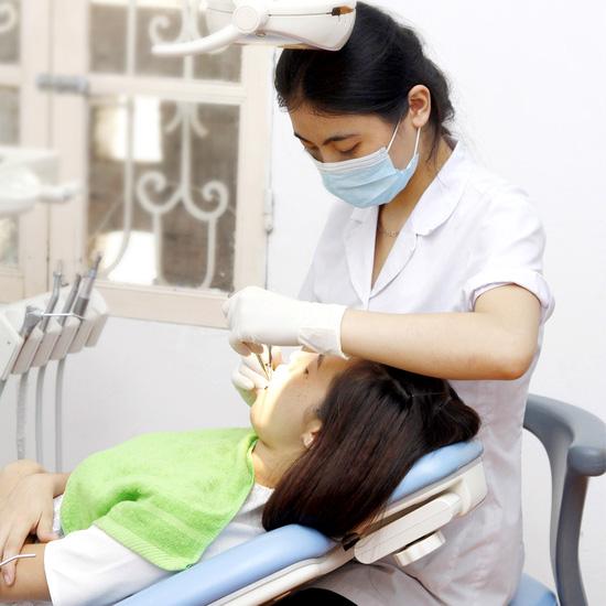 Chỉnh nha tháo lắp răng thế hệ mới – Nha khoa Quốc tế P/S