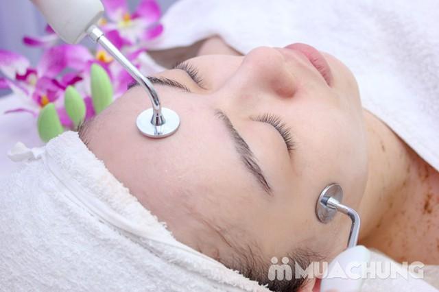 Se khít lỗ chân lông, kết hợp điều trị mụn với công nghệ Super Diamonds - Derma Laser Clinics - 7