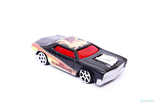 Combo 2 mô hình xe ô tô của siêu nhân - chỉ với 89,000đ