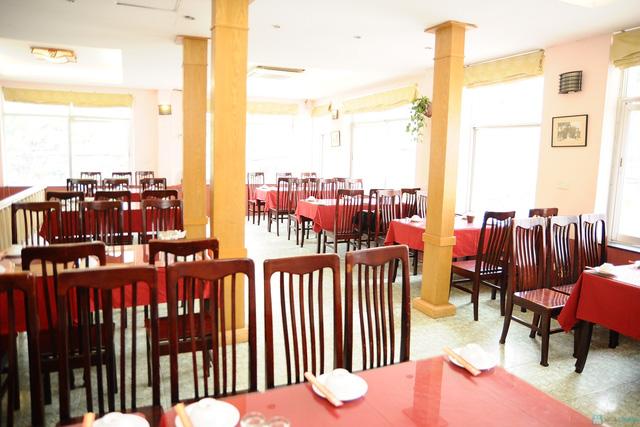 Thưởng thức hải sản tại Nhà hàng Hồng hạc - 1