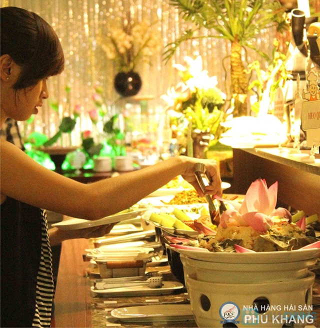 Buffet trưa  tại NH hải sản Phú Khang - Chỉ 99.000đ/ 01 người - 13