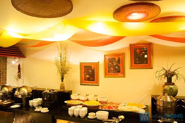 Buffet Gánh dành cho buổi trưa tại Khách sạn Bông Sen Quận 1 với hơn 40 món ăn đặc sắc 3 miền - Chỉ 319.000đ/ 1 người - 22