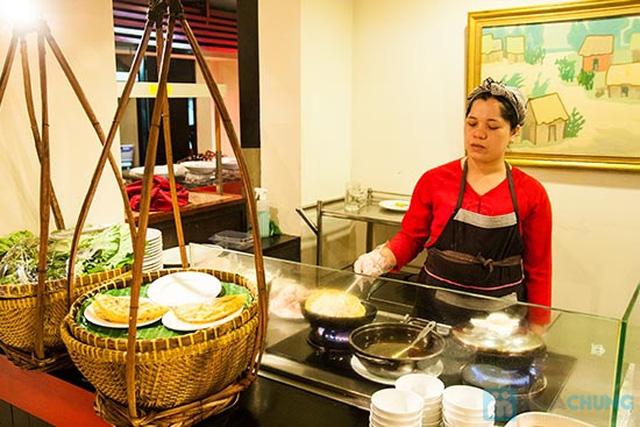 Buffet Gánh dành cho buổi trưa tại Khách sạn Bông Sen Quận 1 với hơn 40 món ăn đặc sắc 3 miền - Chỉ 319.000đ/ 1 người - 10