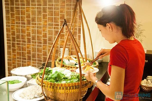 Buffet Gánh dành cho buổi trưa tại Khách sạn Bông Sen Quận 1 với hơn 40 món ăn đặc sắc 3 miền - Chỉ 319.000đ/ 1 người - 9