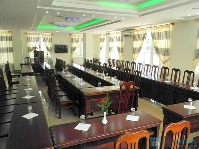 Khách sạn 3* Châu Loan Nha Trang, cách bãi tắm biển 50m. Phòng Superior kèm buffet sáng cho 2 người. Chỉ 450.000đ/đêm - 12