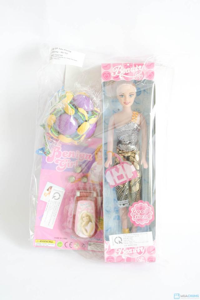 Bộ đồ chơi cho bé gái (vỉ đồ chơi đồ dùng bác sĩ + bóng biến hình + điện thoại 3 nút bấm + búp bê nhỏ) - 1