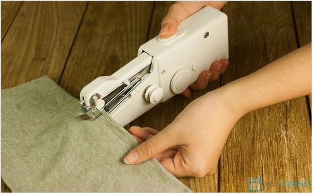 Máy khâu cầm tay chạy bằng pin Handy Stitch - 1