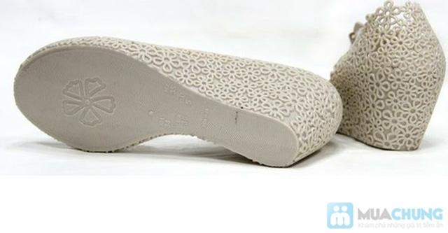 Trẻ trung, xinh xắn với những kiểu giày nhựa  - Chỉ 70.000đ/01 đôi - 8