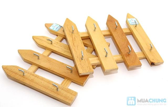 Combo 2 móc treo chìa khóa hàng rào gỗ - 1