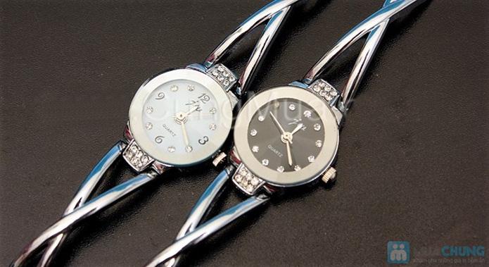 Đồng hồ lắc tay dành cho nữ - Món quà ý nghĩa, sang trọng - 5