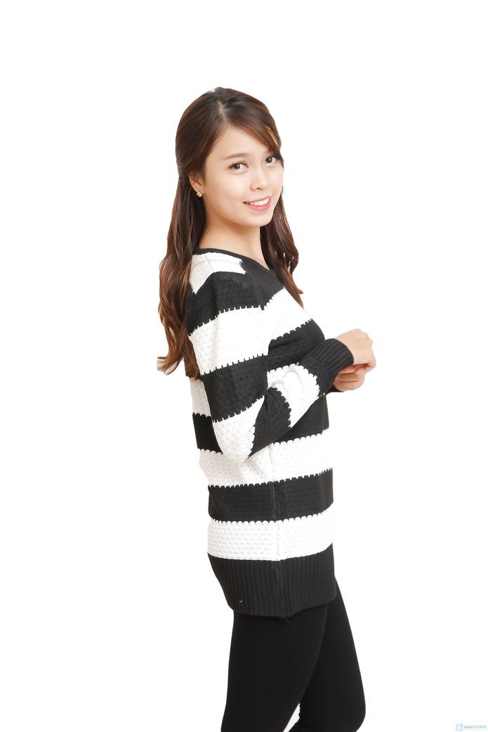 Áo len dáng dài bo gấu - 2