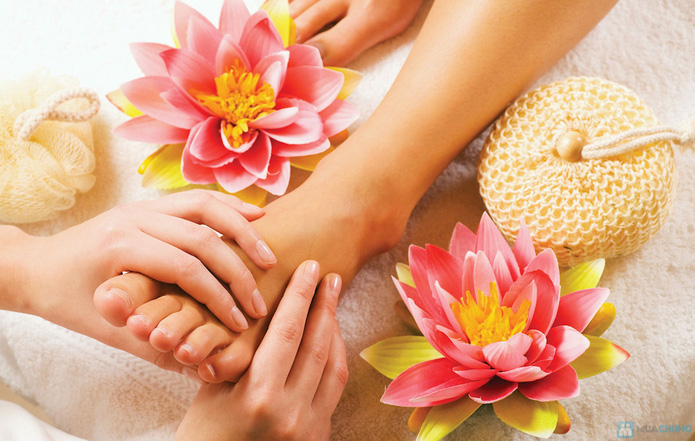 Massage và ngâm chân với thảo dược tại Mi's Beauty Salon - 1