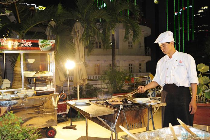 Buffet nướng tối thứ 6, 7, Chủ nhật tại Nhà hàng Hương Sen - Chỉ 10.000đ được phiếu 55.000đ - 10