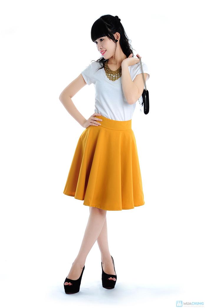 Chân váy xoè màu vàng - 2