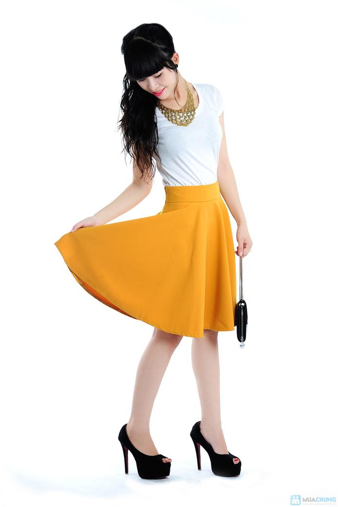 Chân váy xoè màu vàng - 4