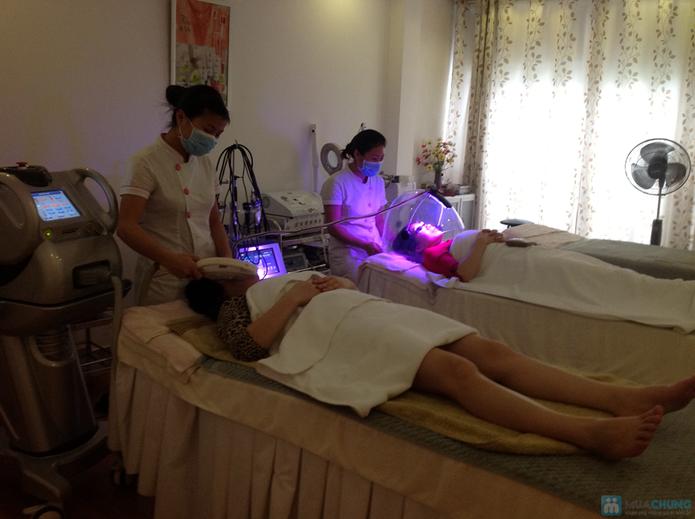 Nâng cơ mặt chống chảy xệ bằng công nghệ ánh sáng TMV Hồng Ánh - 2