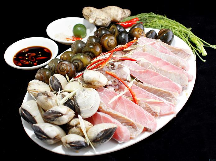 Lẩu nấm nhà hàng hải sản Nha Trang - 2