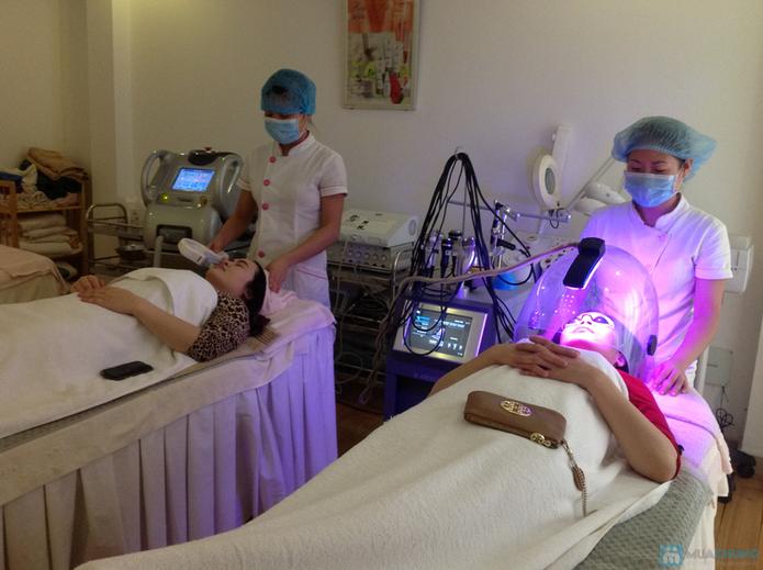 Nâng cơ mặt chống chảy xệ bằng công nghệ ánh sáng TMV Hồng Ánh - 1